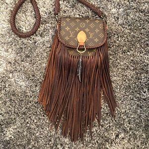 93a7aeb80 Louis Vuitton · Loius Vuitton Vintage St. Cloud bag with fringe